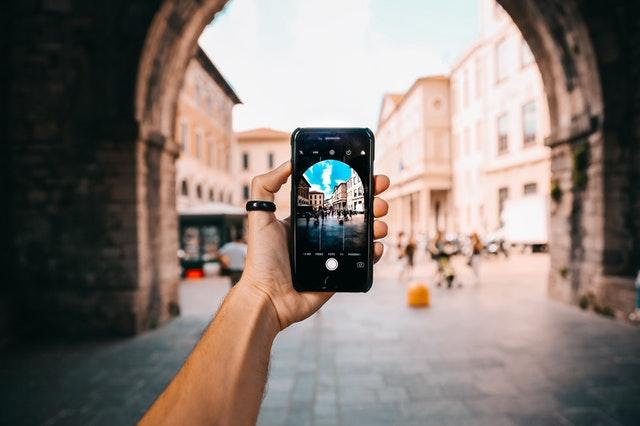Zelf je iPhone repareren als je op vakantie bent