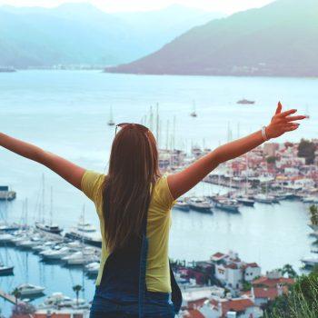 Sparen voor een wereldreis door geld te besparen op alledaagse dingen